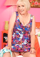 Lola Lee - Lola Lee, celebrating 50 years of exhibitionism