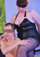 Caroline M&Morris pantyhose sex with mature bitch
