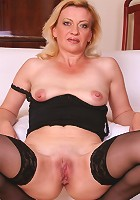 Blonde granny playing with her hungry pussy