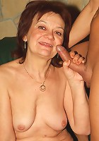 Sexy older babe Paula cramming a thick cock into her mouth and experienced pussy slit