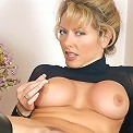 Smoking hot mature model playing with her big round bazooms and rubbing her wet spot live