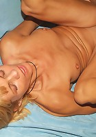 Blonde Rita gets screwed by a younger guy live and takes a fresh wad of sticky load in her face