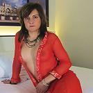 This horny mature mama loves to play on her bed