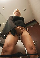 Naughty mature slut playing in the bathroom