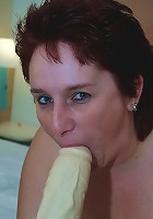 This mature chunky slut loves a good hard cock