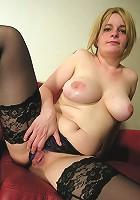 Kinky mature slut fucking and sucking