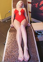 Have a look in an all female mature sauna