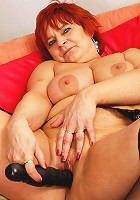 This red housewife loves getting wet
