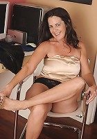 Naughty housewife showing off her hot body