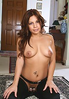 Exotic 35 year old Lola showing off her outfit and hot mature body