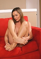 Gorgeous feet on this mature ebony chick, Pepper