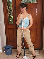 Sexy MILF Tori having fun and being naked with a broom