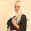 Strip teasing make Oxana very wet