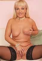 Jasette needs a playmate for the evening!