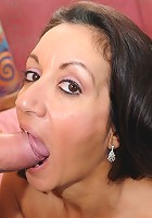 Hot persian MILF ass gets fucked!