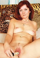 Hot RedHead granny gets busy with fucking!