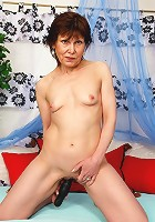 Annie is an over 60 granny who still craves a good fucking!