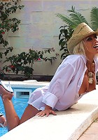 Cowgirl Lana gets wet and horny in the pool