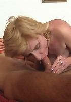 Mother-in-law blows hottie
