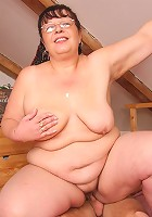 Nerdy grandma fucked in her fabulous pussy hole and she craves that dick meat