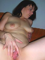 Old horny chick likes sucking off a guys cock hard