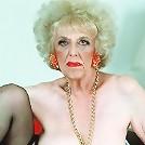 very old amateur grannies poser