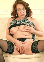 Mature beauy jasmine spreading in stockings