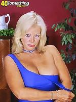 Blonde grannie plays with herself