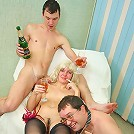 Sexy mature slut gets her holes hammered by younger studs