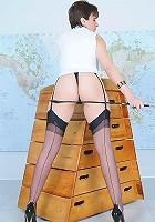English leg mistress