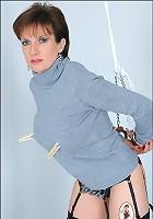 Lady sonia bondage