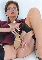 Shoe masturbation