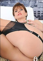 Shaven pussy sonia