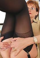 Lady sonia fingering