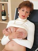 Milfs huge nipples